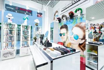 """""""Lucky Look"""" eyewear store, Kiev, Ukraine"""